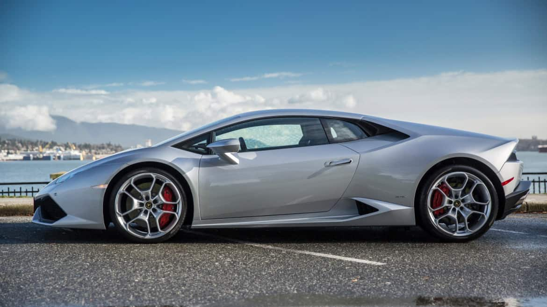 Lamborghini Huracán utcai vezetés