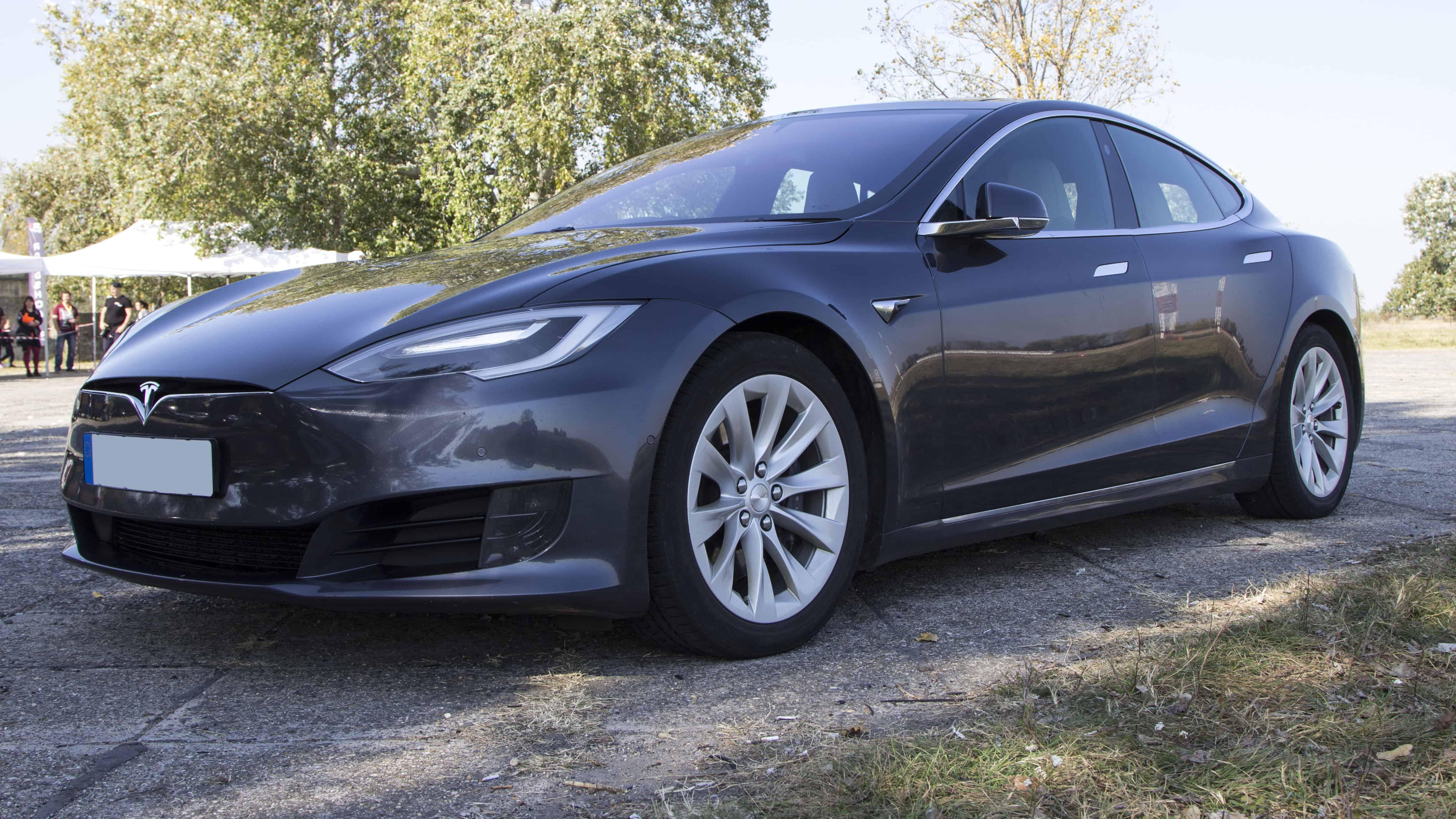 Tesla vezetés a Hungaroringen
