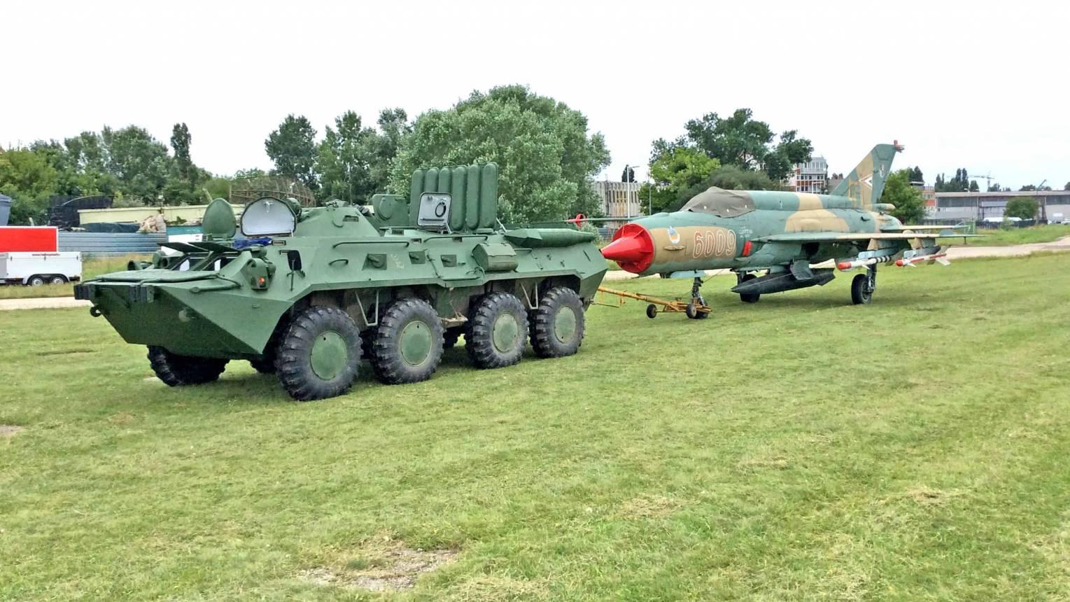 Vezess egy TEK által használt BTR80/A-t Budaörsön