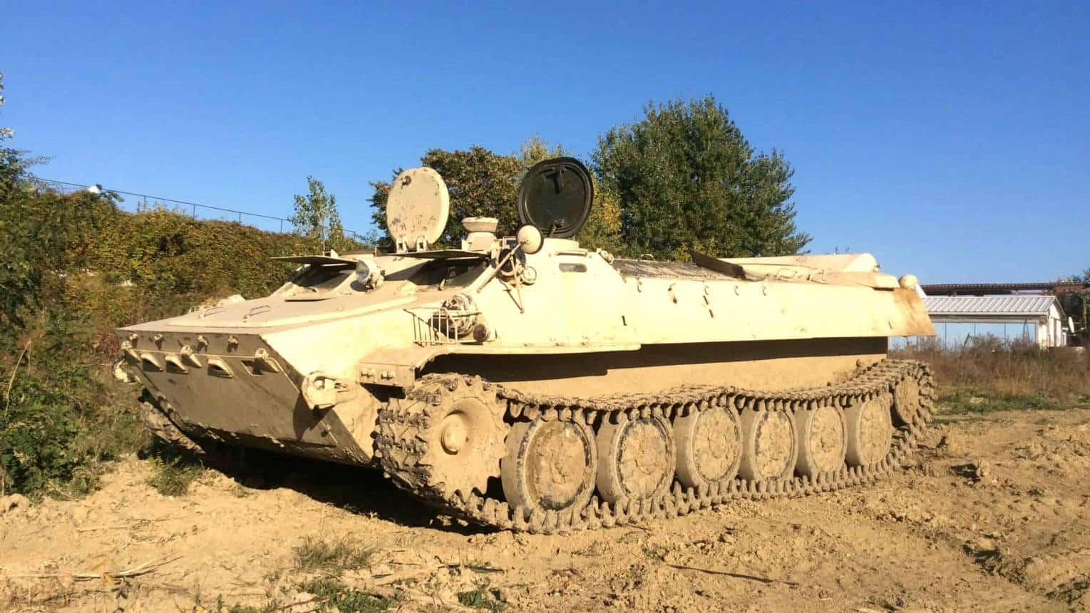 MTLB lánctalpas harckocsi vezetés Budaörsön
