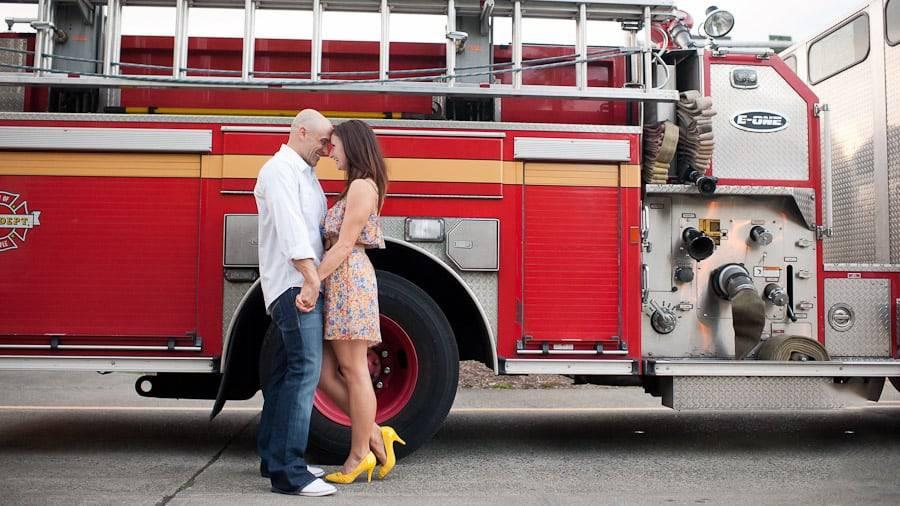 Lánykérés tűzoltólétráról