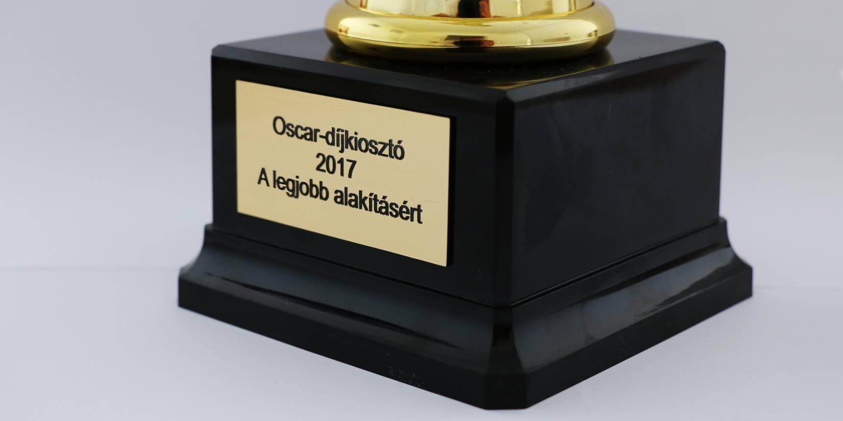 Oscar szobor egyedi gravírozással