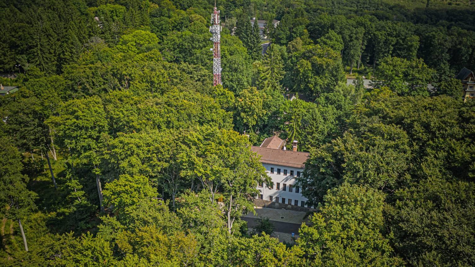 4 Évszak Hegyihotel a Mátrában, mesés erdő közepén rejtőzve