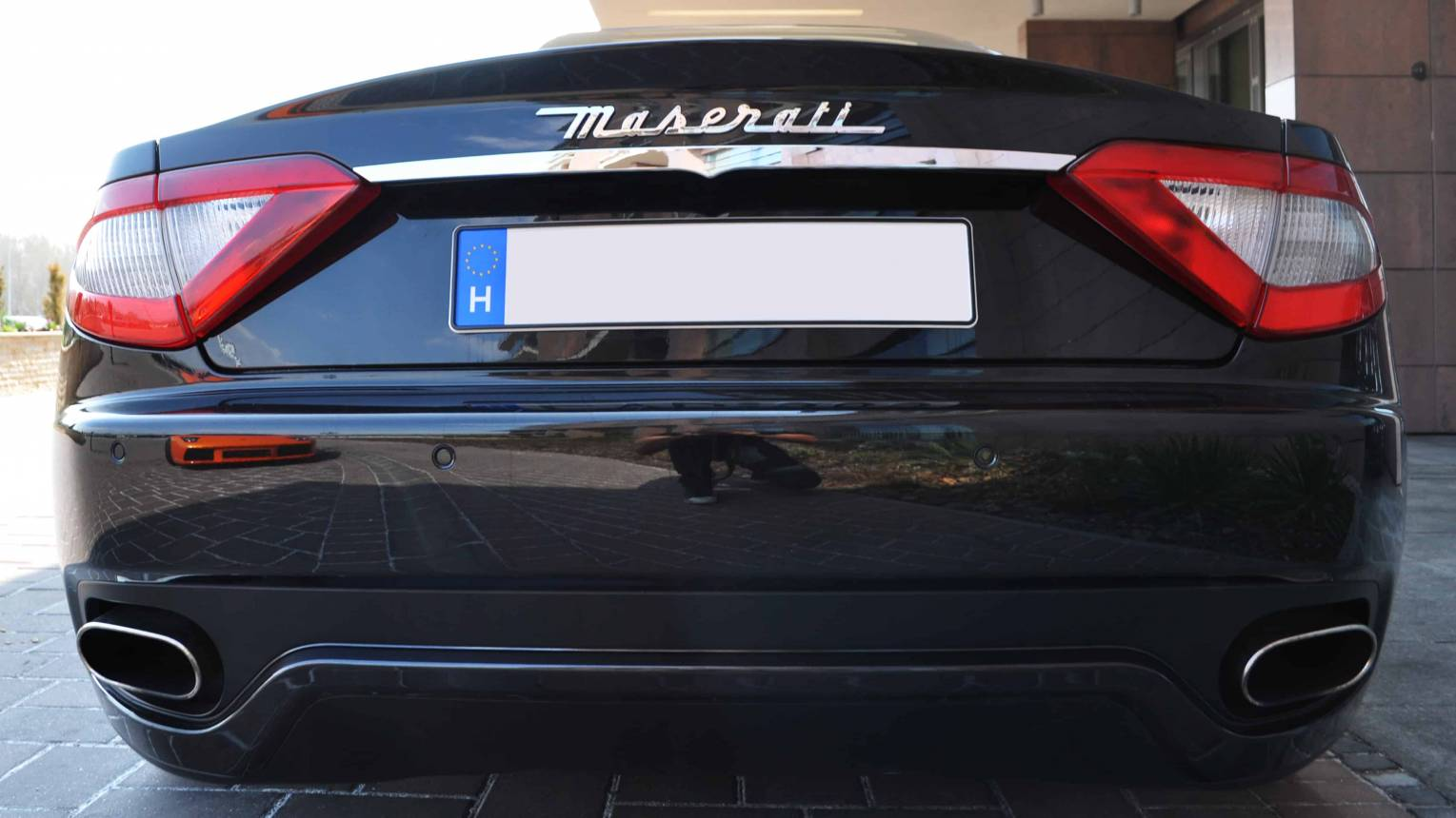 Maserati GT S utcai vezetés