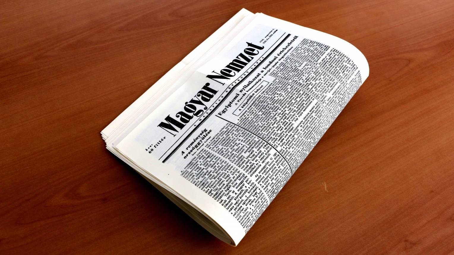 Születésnapi újság köszöntő nélkül