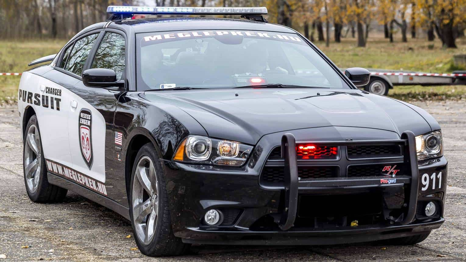 Dodge Charger Need for Speed rendőrautó vezetés a DRX-ringen
