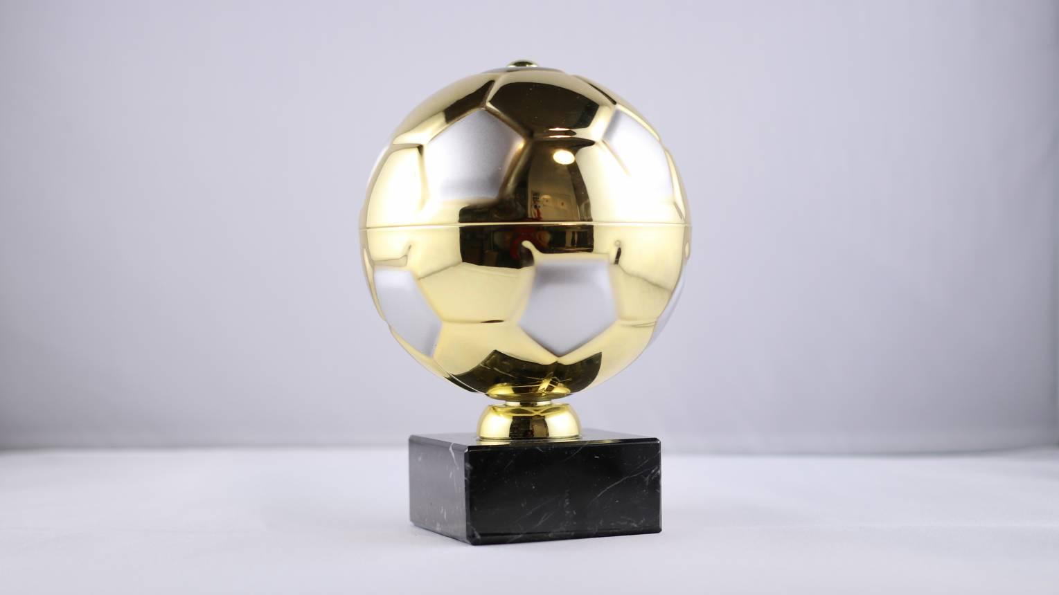 Aranylabda gravírozás nélkül
