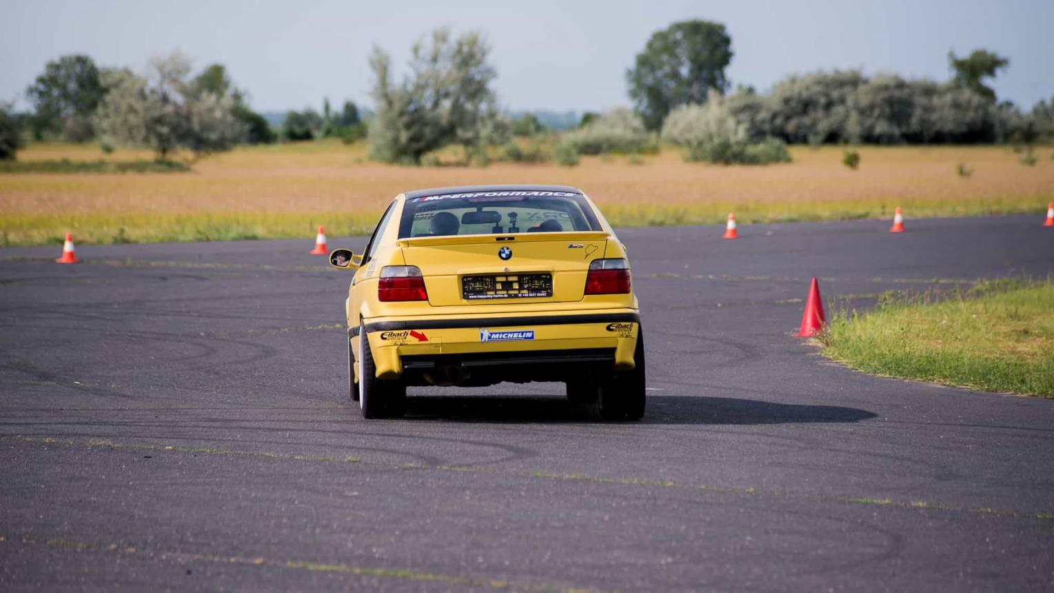 BMW M Compact vezetés a DRX-Ringen