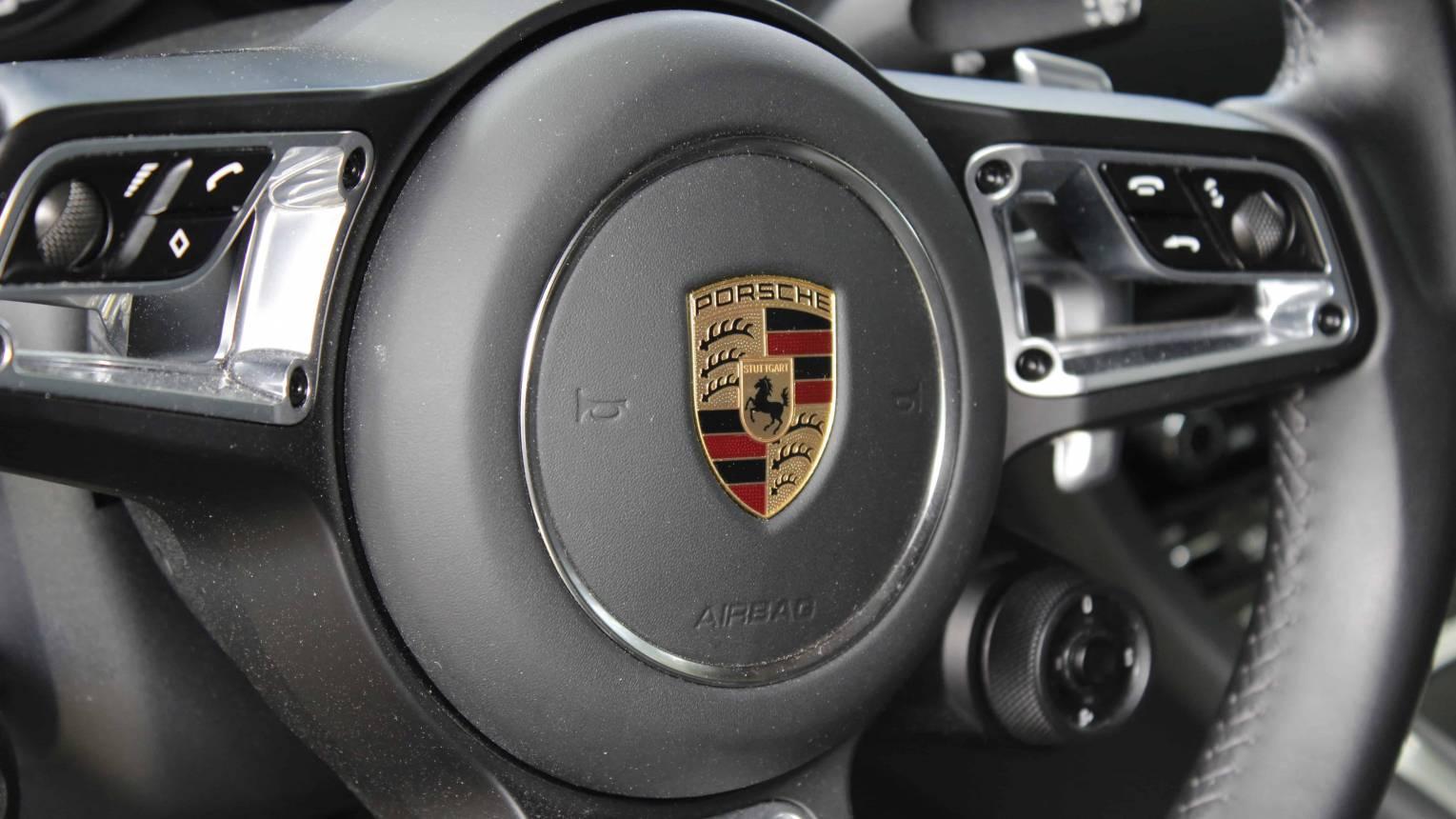 Porsche 911 Carrera S vezetés a DRX-ringen