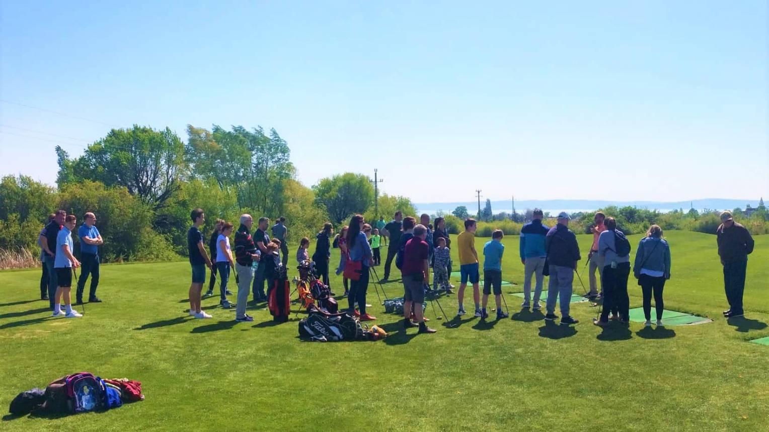 Golf Balatonon 10-15 fő részére
