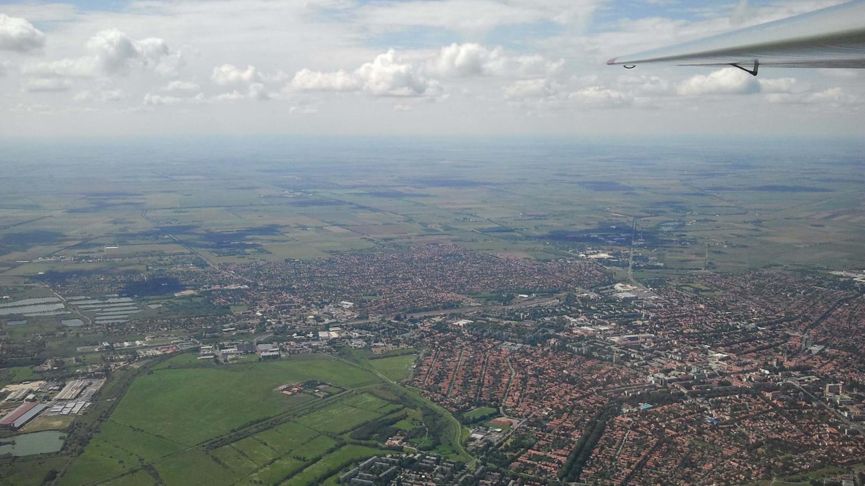 Repülőgépvezetés Békéscsaba, Gyula felett és hozhatsz 2 kísérőt is