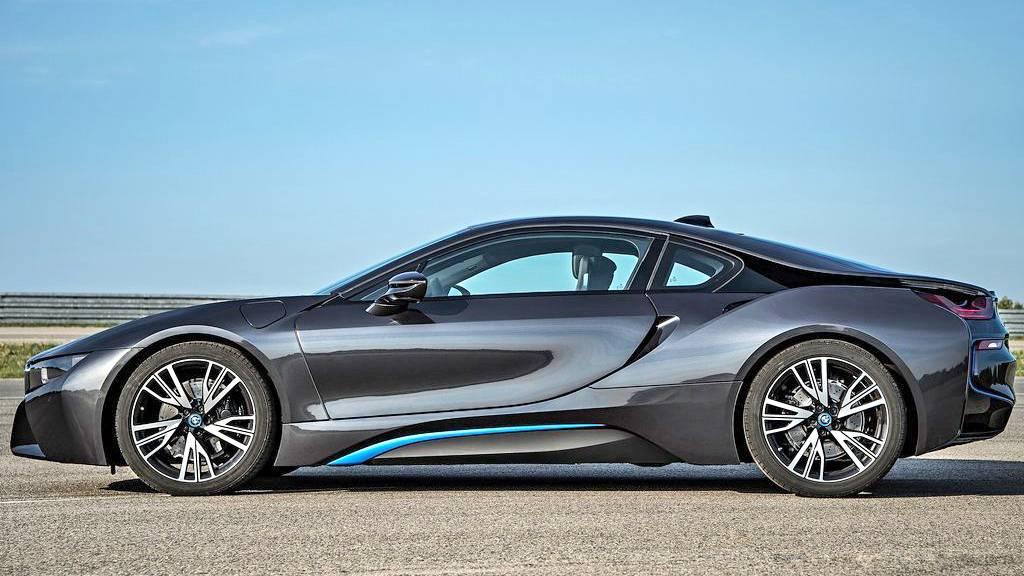 BMW i8 vezetés a DRX-ringen