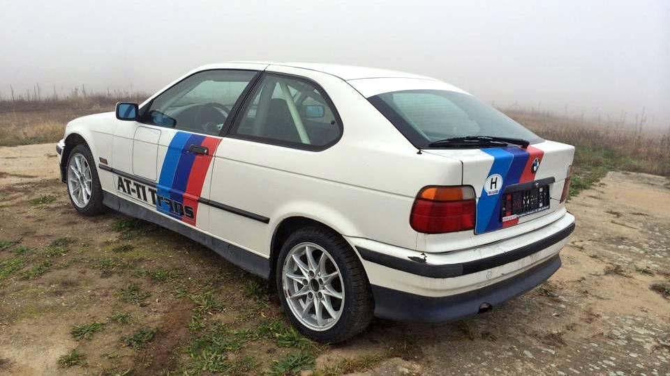 BMW E36-al rallyzás Nyíregyháza mellett