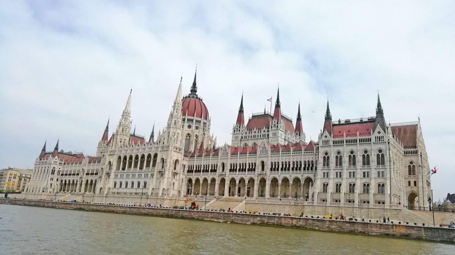 Budapest túra motorcsónakkal