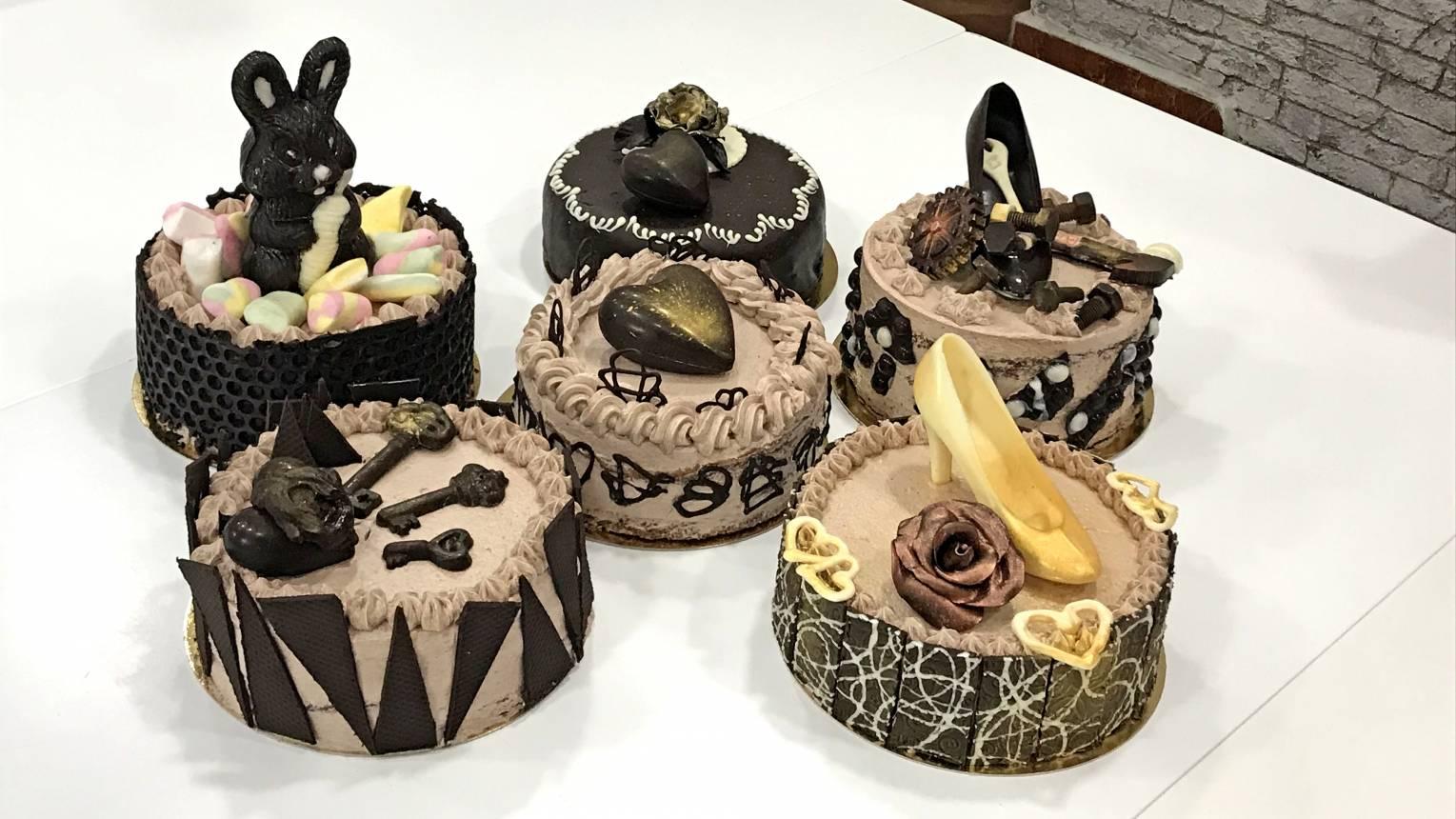 Csokoládé fantázia torta készítés és csokoládé díszítések kurzus