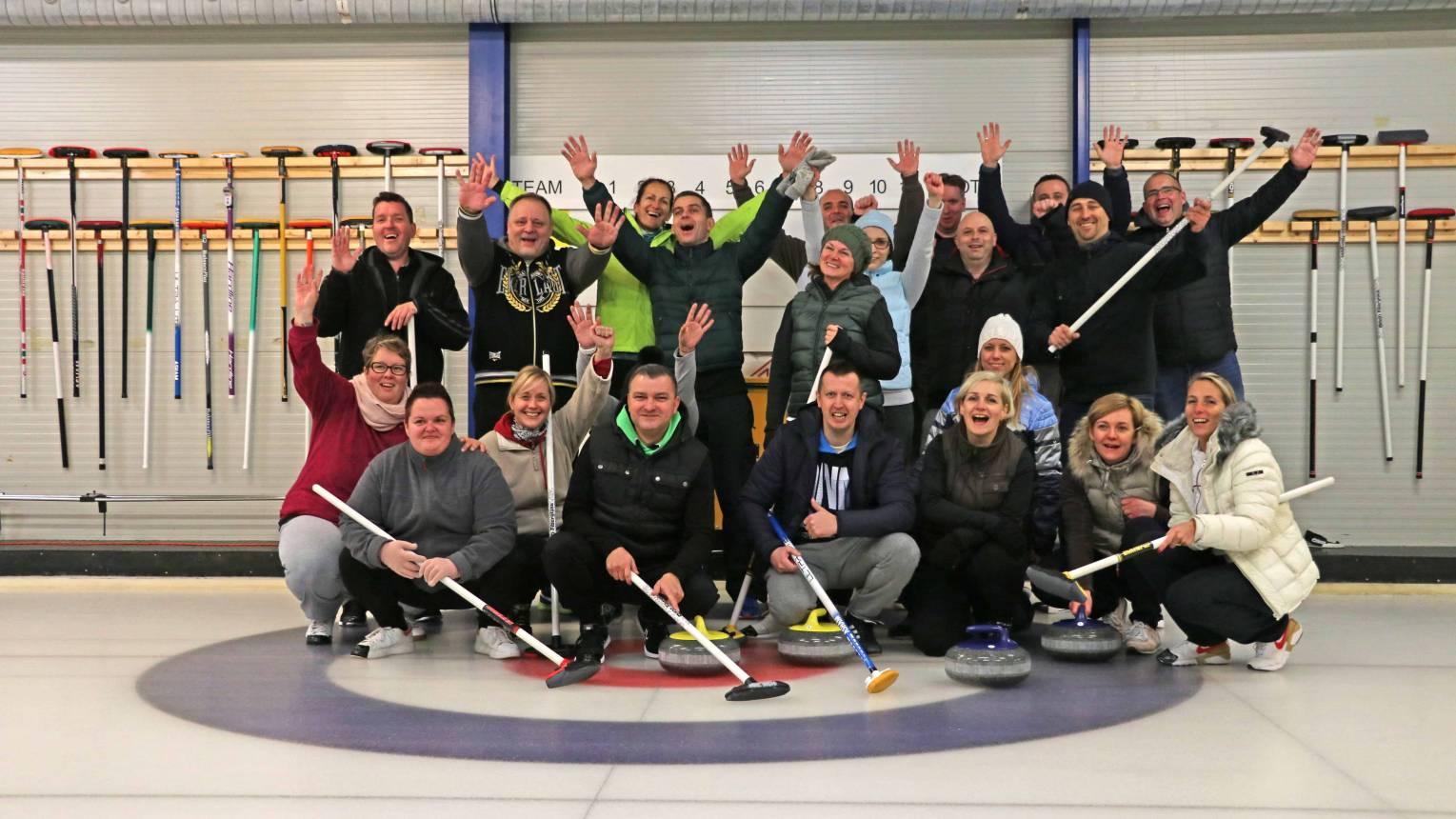Curling verseny haverokkal 8 fő részére 1 pálya