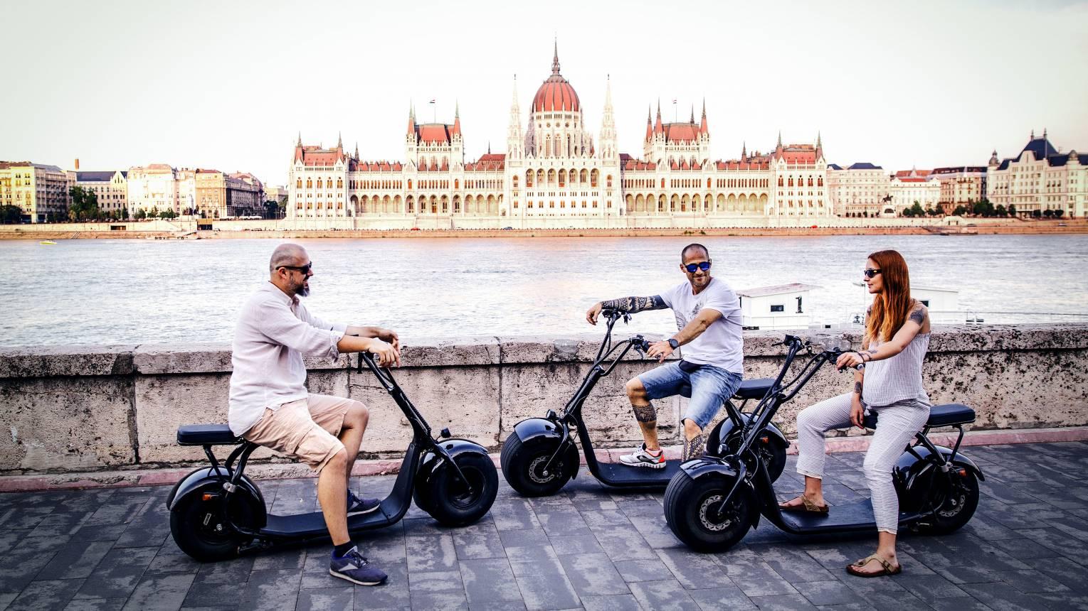 Városnézés LUNA e-scooterekkel