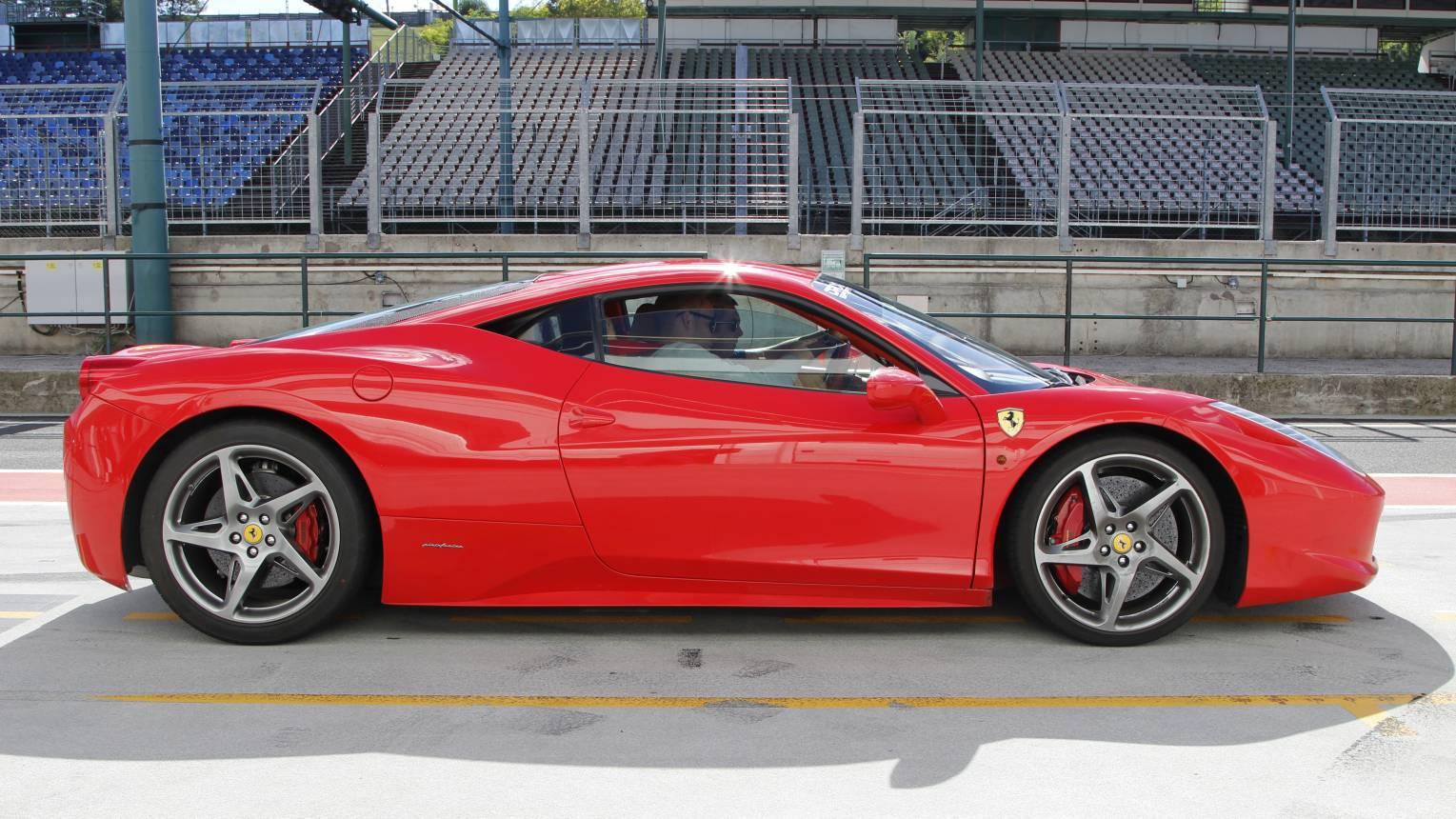 Ferrari 458 Italia vezetés a Slovakia Ringen