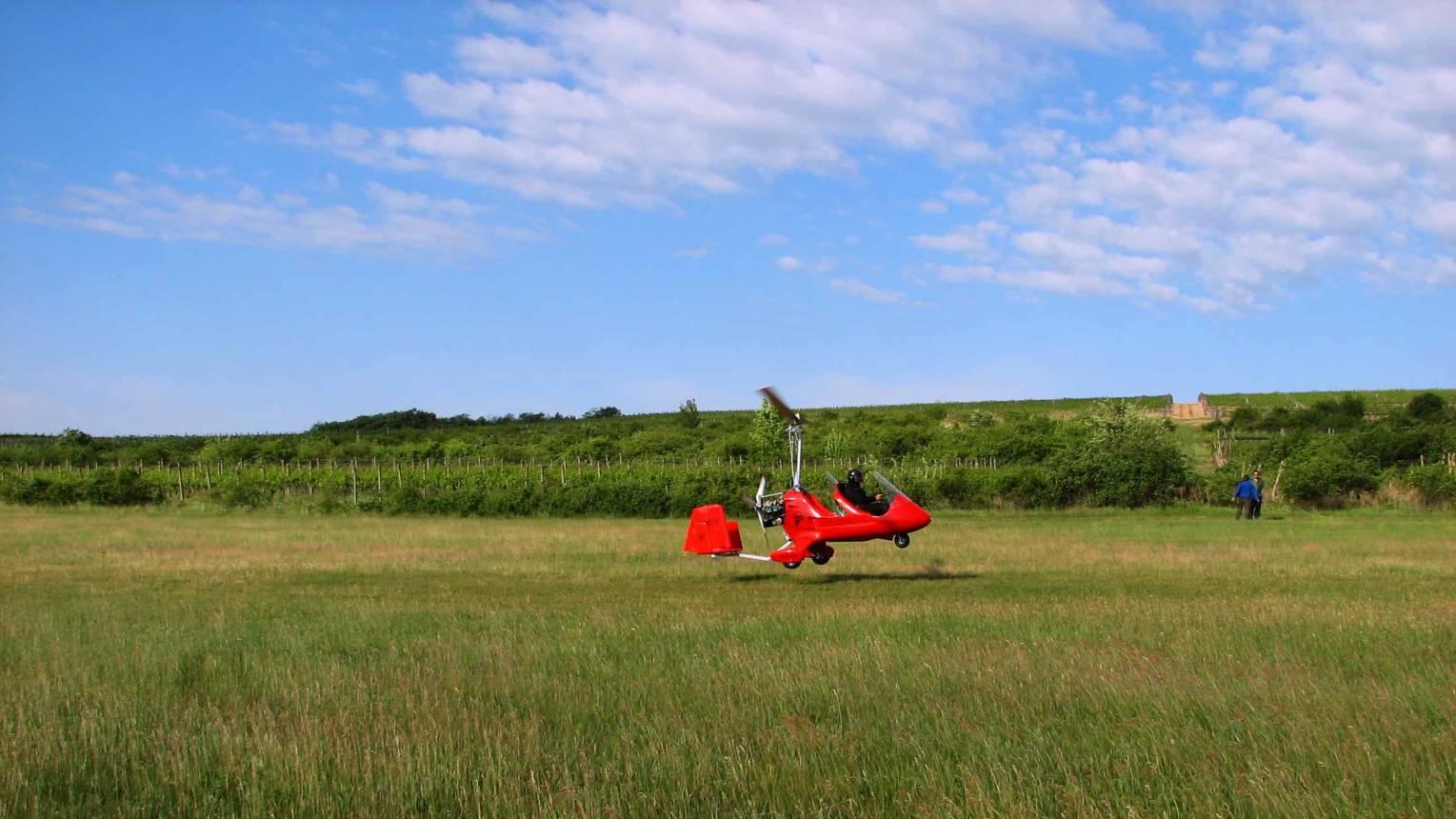 20 perces repülés Gyrokopterrel Rétság felett
