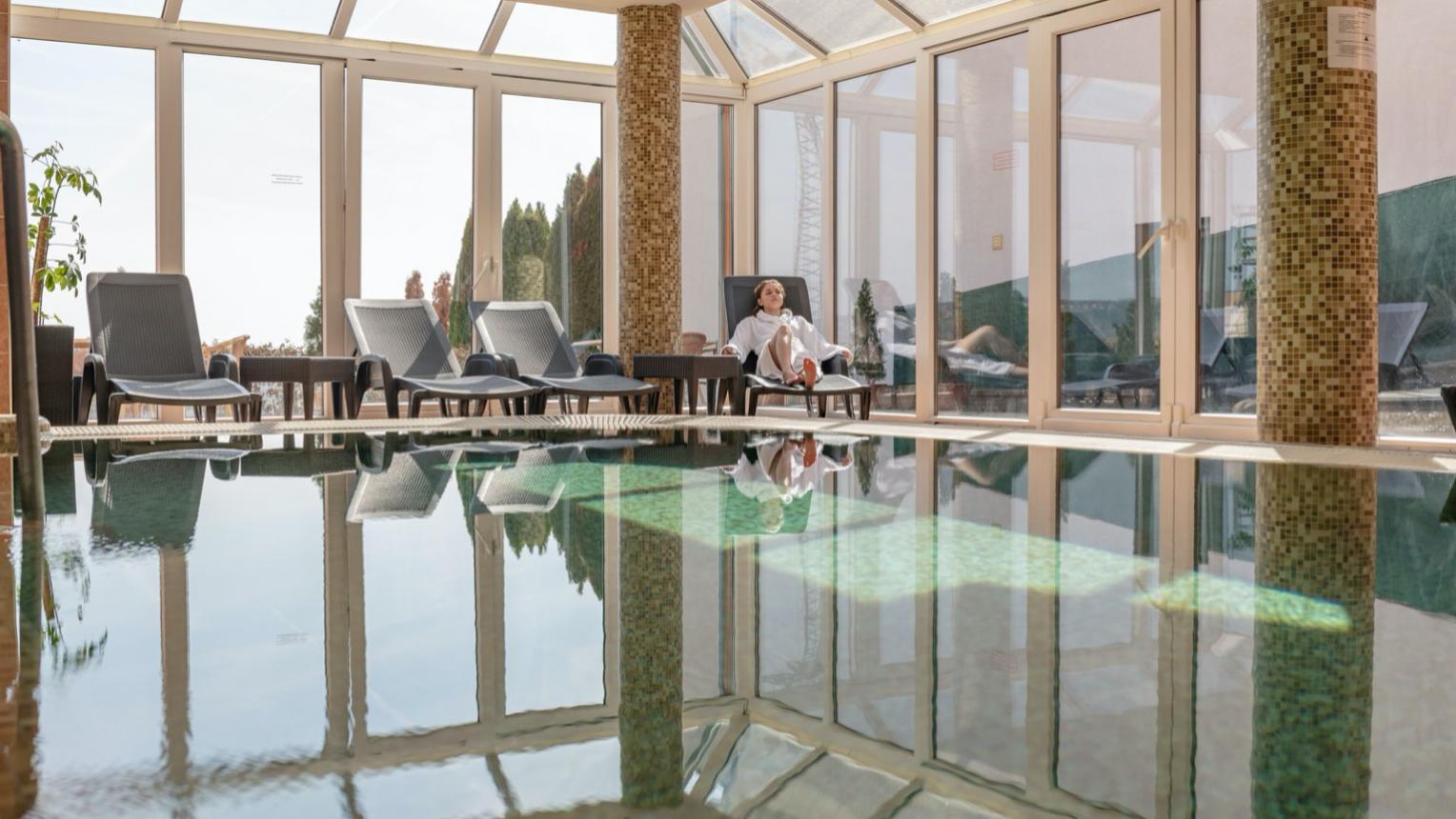 Holt-tengeri teljes test iszapkezelés Hévízen a Főnix Clubhotelben