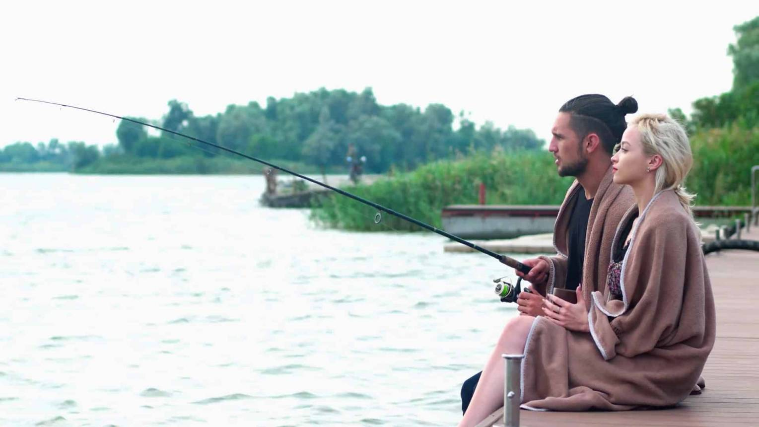 Lánykérés horgászat közben