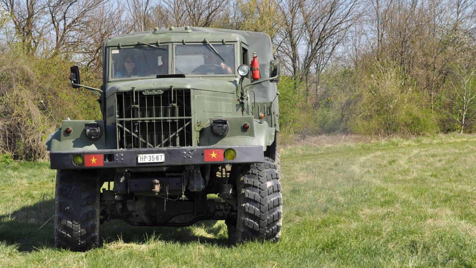 KRAZ, katonai jármű vezetés