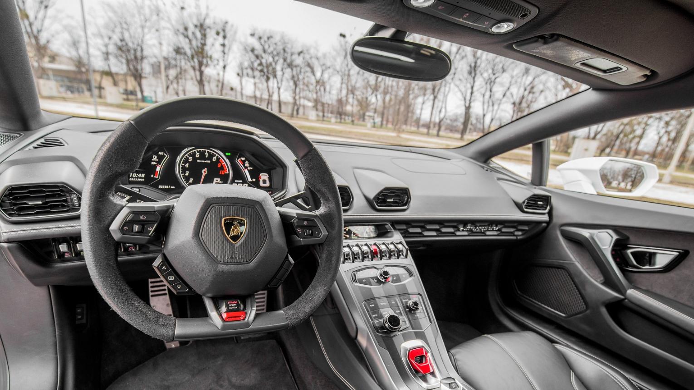 Lamborghini Huracan LP 610-4-es kölcsönzés