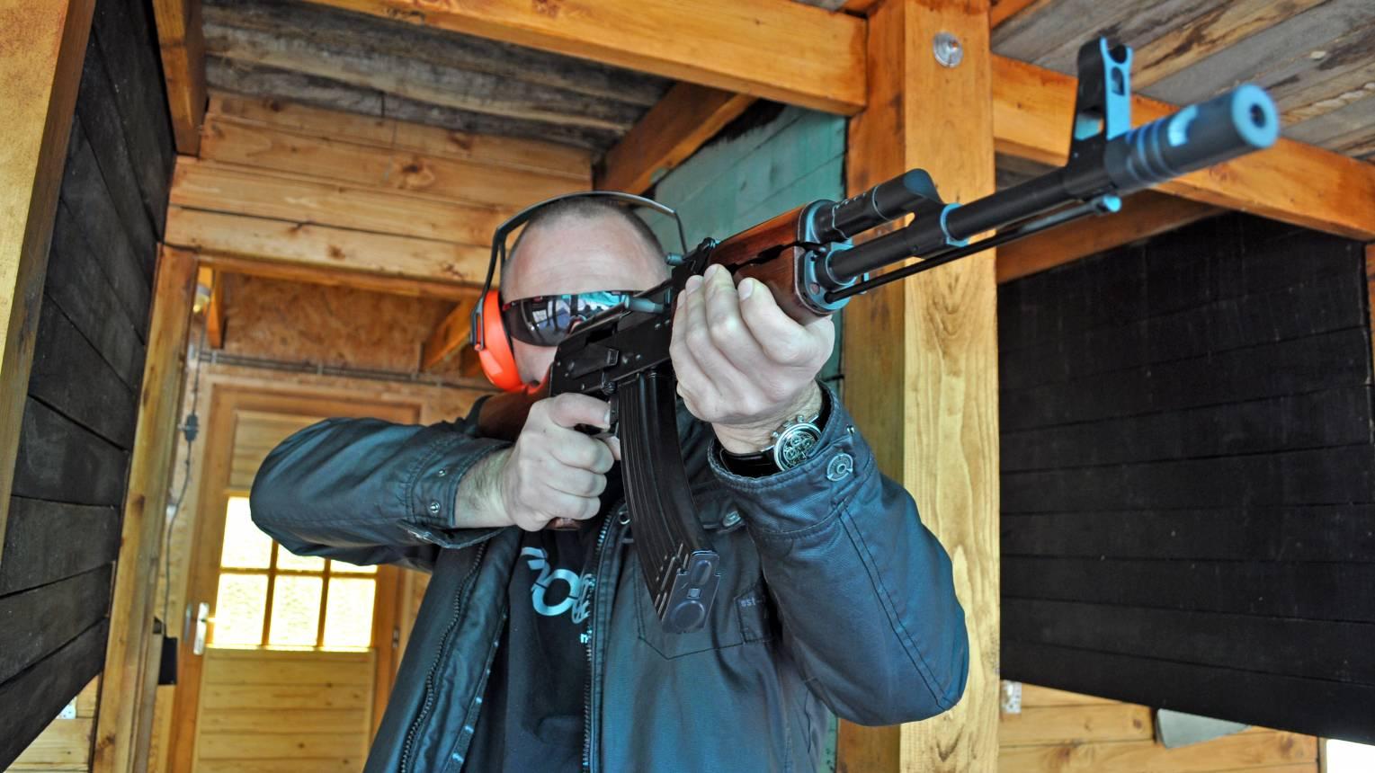 VIP éles lövészet