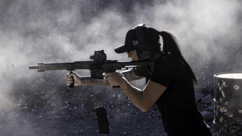 Fullos lövészeti csomag, hivatásos testőr oktatóval és oktatással
