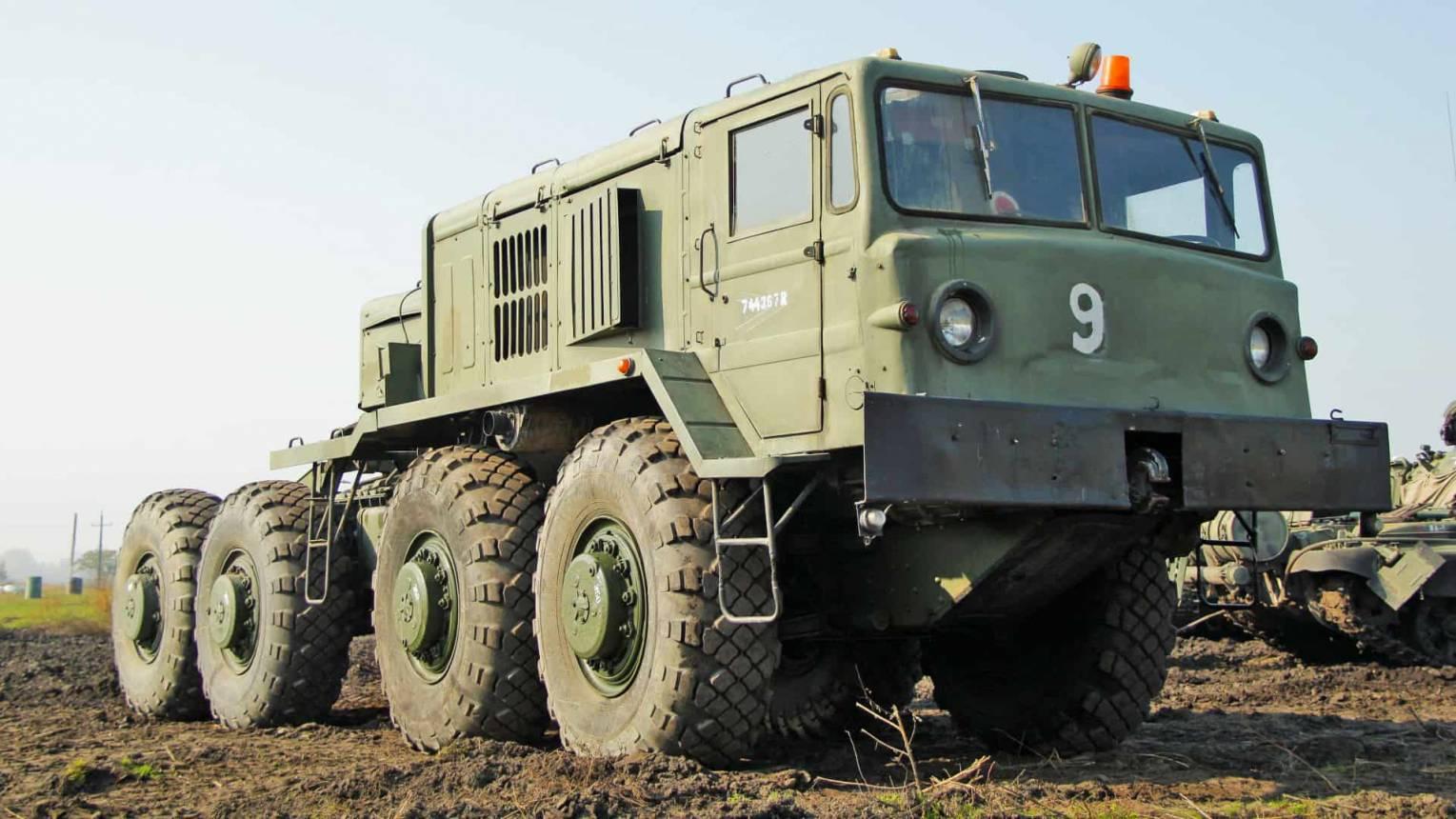 MAZ, katonai jármű vezetés