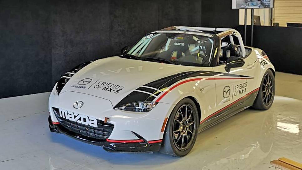 Mazda MX5 Cup élményautózás a Hungaroringen