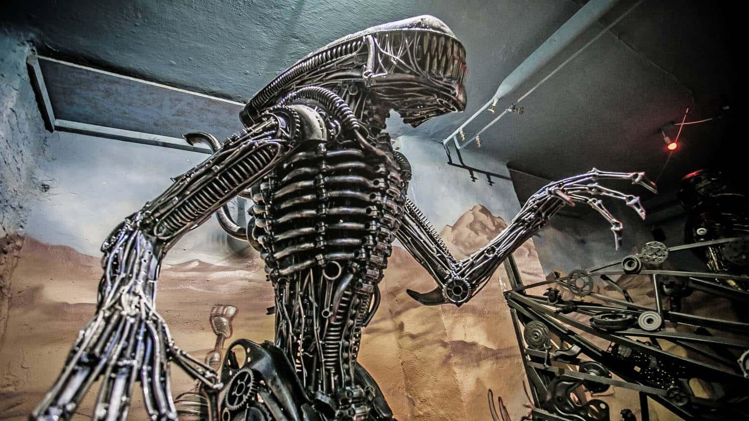Amazing Metal Art Gallery
