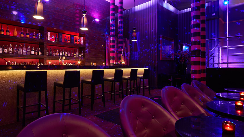 Silver Legénybúcsú a P2 Clubban, igényes felnőtt szórakozóhelyen