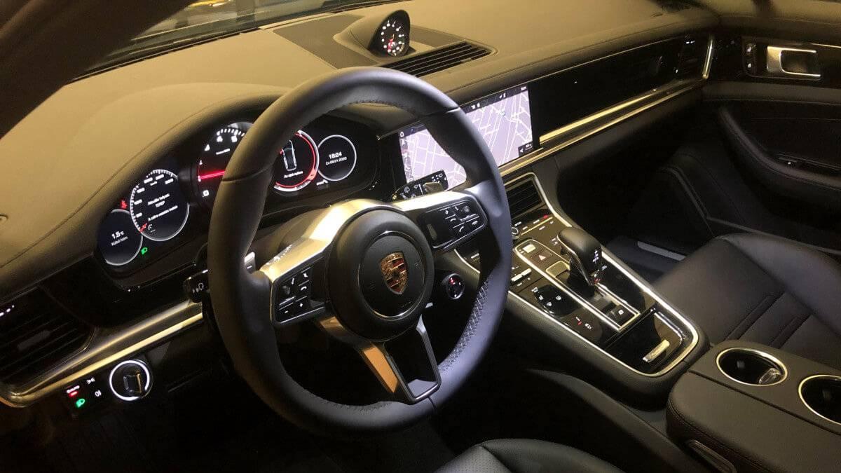 Porsche Panamera 4 kölcsönzés