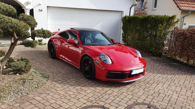 Porsche 911 Carrera S4 kölcsönzési lehetőség