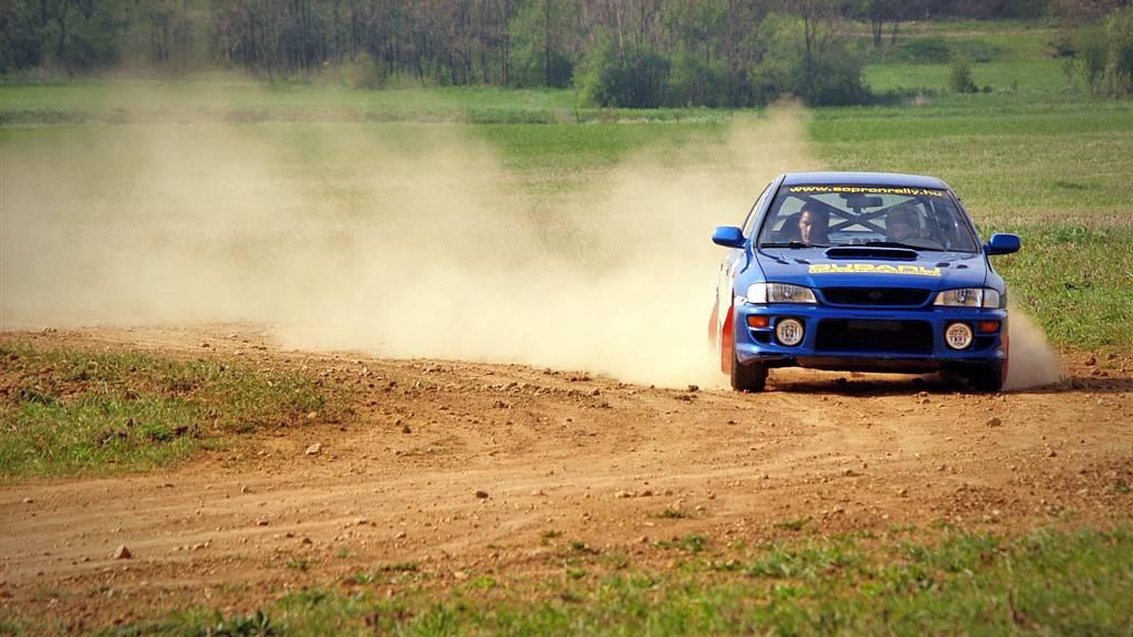 Subaru Impreza és Evo Lancer rallycsomag Sopron mellett