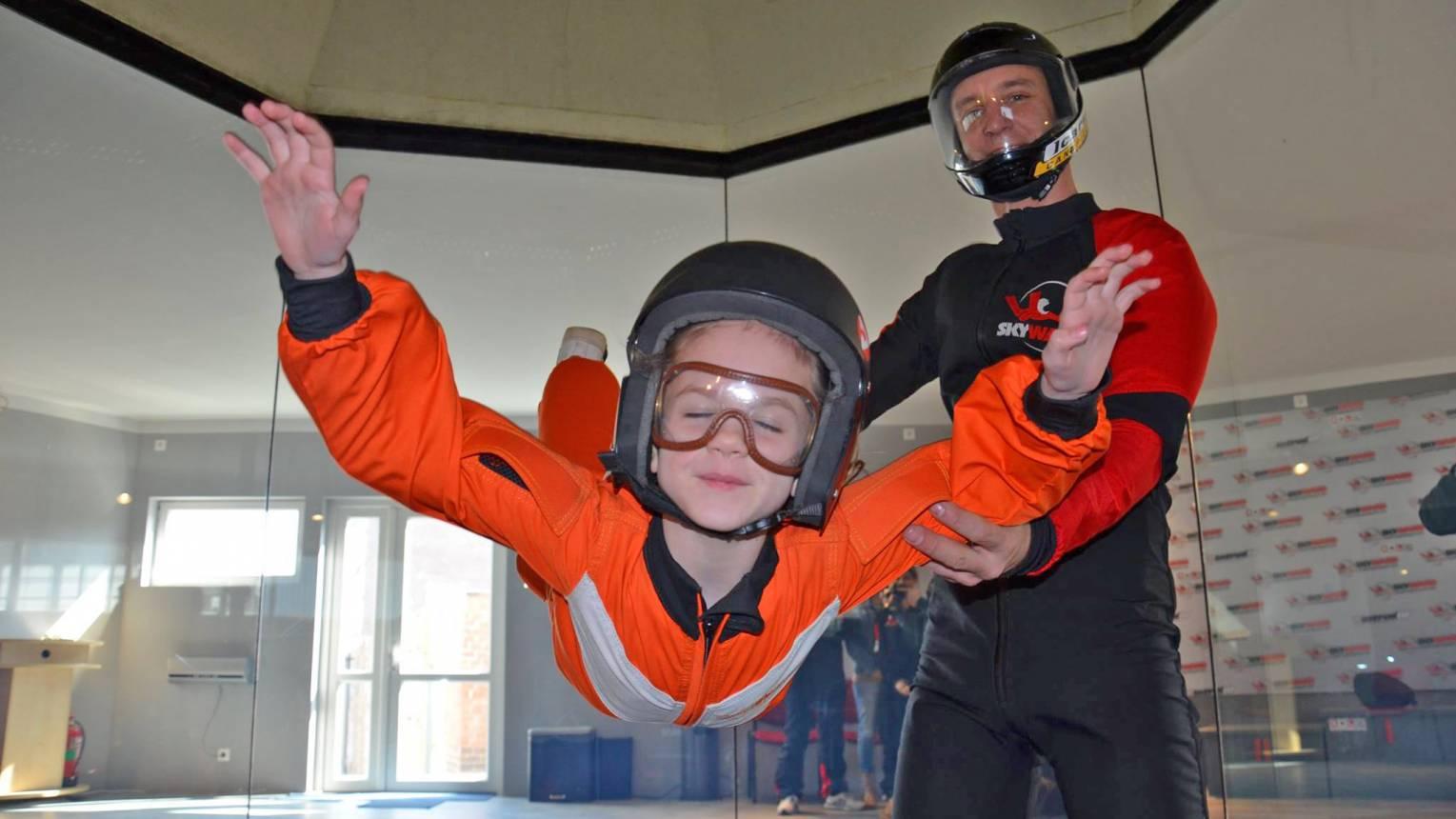 Gyerekeknek taxiztatás szélcsatornában 9 méteres magasságban