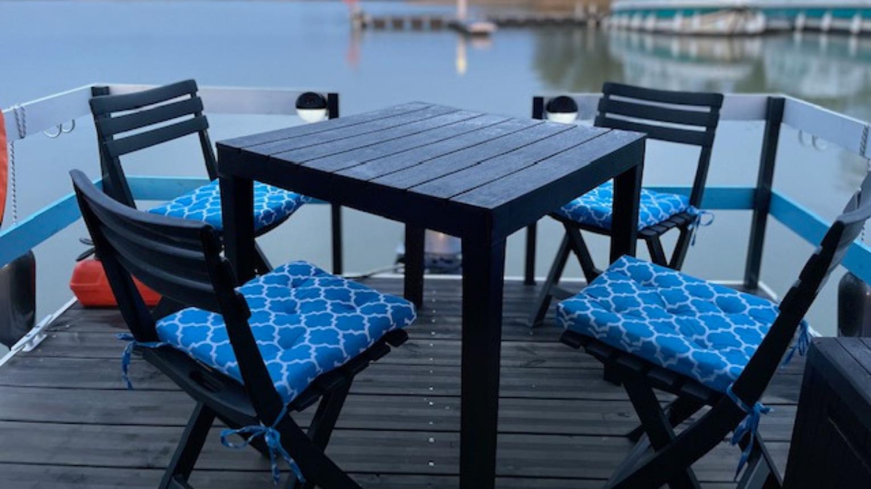 Tisza-tavon úszóház bérlés jogosítvány nélkül hétköznap