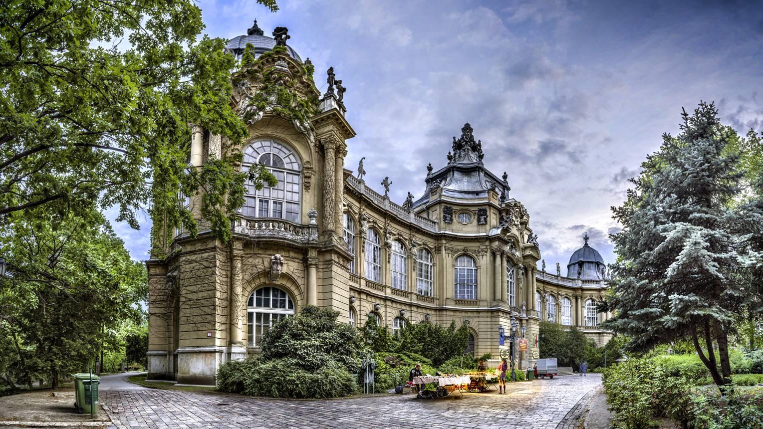 Te Budapested - személyre szabott városjárás 2-5 fő részére