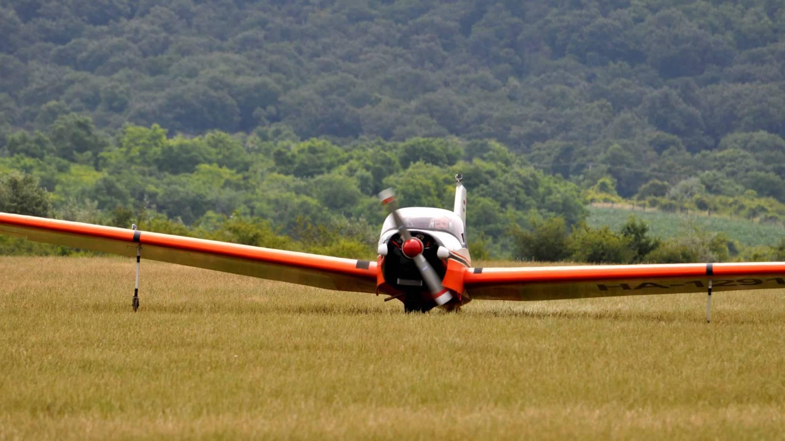 Motoros vitorlázó repülőgép vezetés 1 fő részére