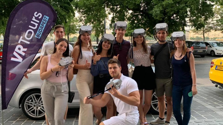 Családi időutazás a VR Tourssal Budapesten 3 főnek