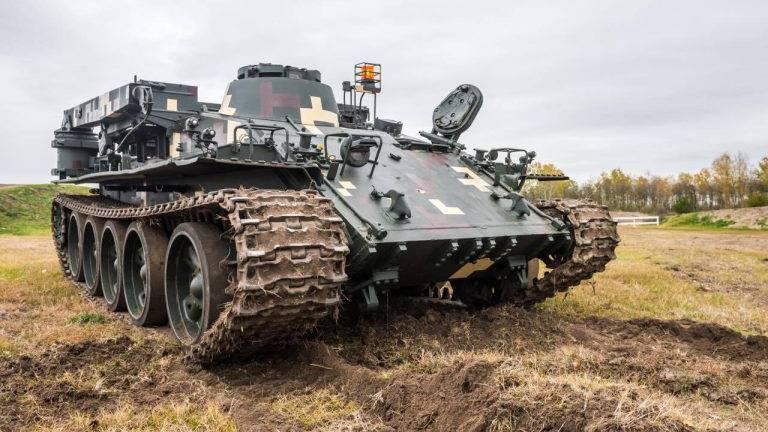 VT-55 harckocsi a BIKA vezetése